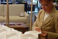 2003.09.19 デンマークのLE KLINT社から紙折り職人が来店。